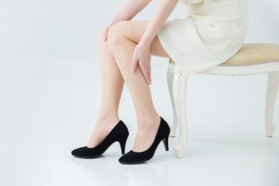 細い綺麗な足